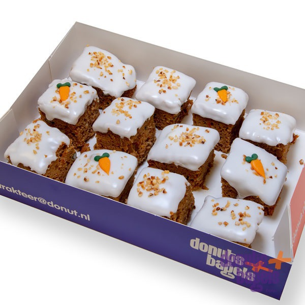 Doos mini carrot cakejes