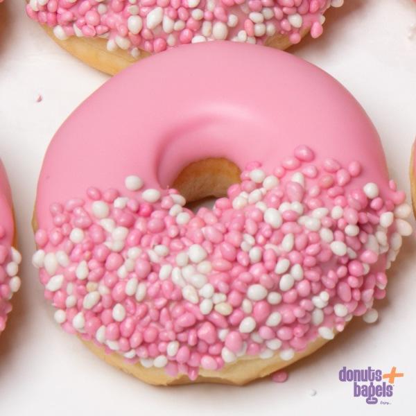 Geboorte donuts roze