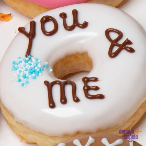 Tekst donuts you & me