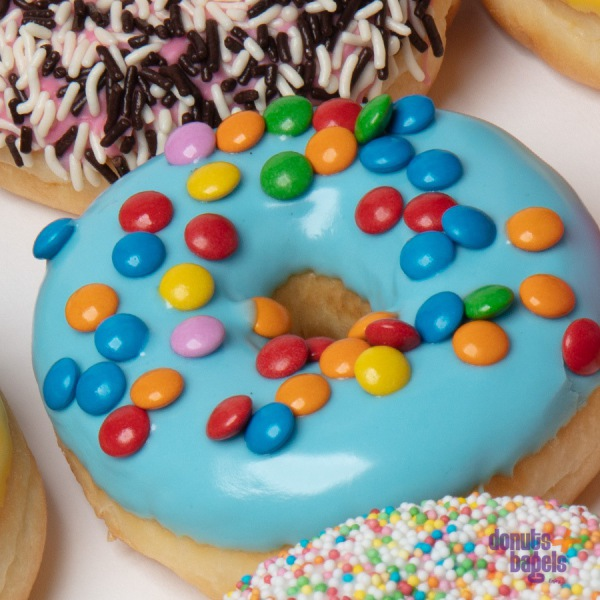 Kinder donuts smarties