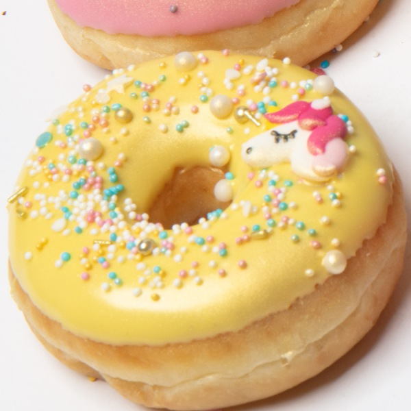 Unicorn donut geel