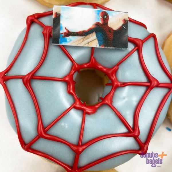 Spiderman donut
